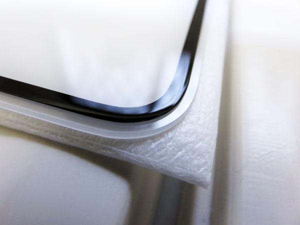 iPhone XRの液晶保護ガラスフィルムを購入する!
