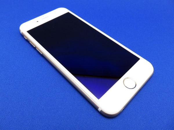 戻ってきたiPhone 6sに液晶保護ガラスフォルムを貼る!