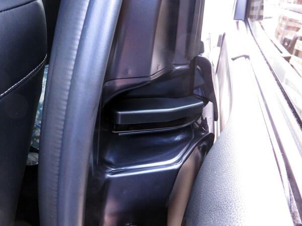 愛車トヨタノア80系にスライドドアカバーを装着する!