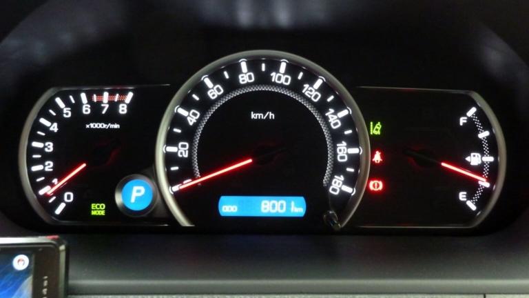 愛車トヨタノア80系の走行距離が8,000kmになりました!