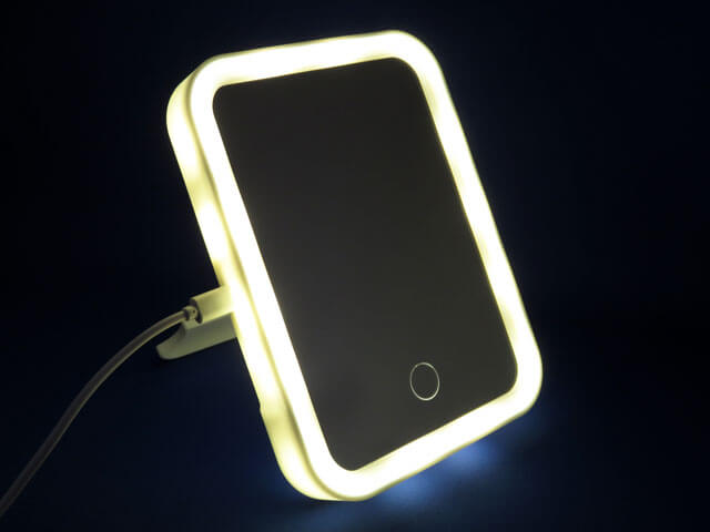 DIME 2021年5月号付録 LEDビューティーミラーをチェックする!